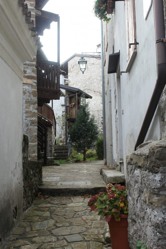 Poffabro Borgo